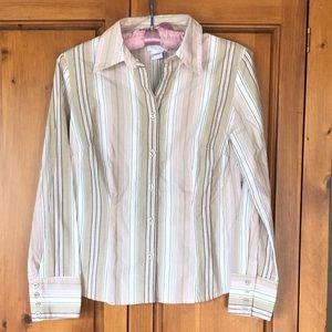 Ann Taylor Loft Button up shirt size M Petite